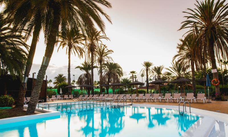 Schwimmbad HL Miraflor Suites**** Hotel in Gran Canaria