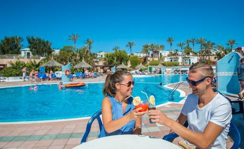 POOL-BAR HL Club Playa Blanca**** Hotel in Lanzarote