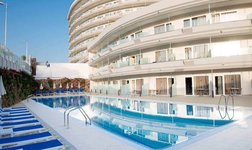 Semiolimpic swimming pool hl suitehotel playa del ingles**** hotel gran canaria