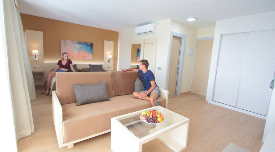 JUNIOR SUITE OHNE WHIRLPOOL HL Suite Nardos Hotel in Gran Canaria