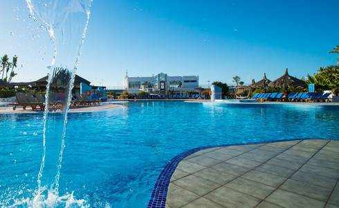 POOLS HL Club Playa Blanca**** Hotel in Lanzarote