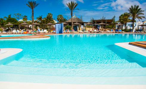 POOLS HL Paradise Island**** Hotel in Lanzarote